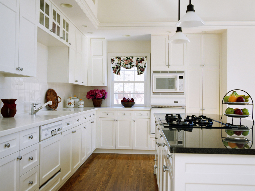 Kitchen cabinet refinishing in CT